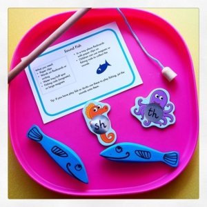 Sound fish phonics  pop stickers onto a magnetic fish and write on different sounds (or words).  You could use this in a tuff spot tray, use foil or shiny paper chopped up to create an ocean area. If you want to have water play why not add sounds onto the bottom of ducks or fish? This way children can select them and recall the sounds.