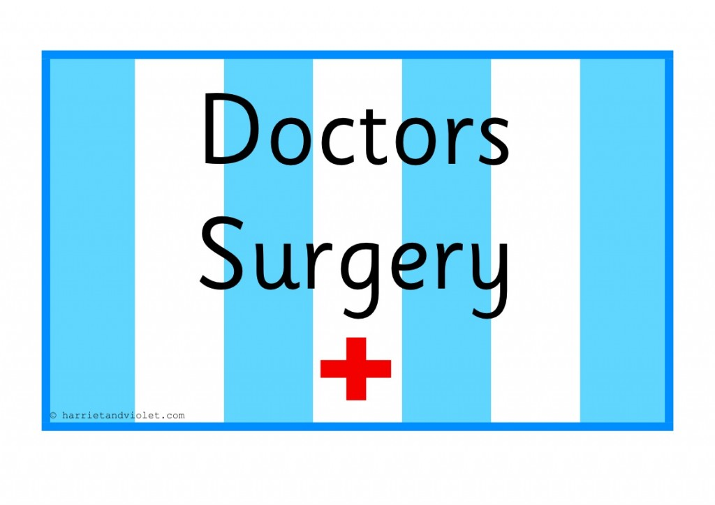 Doctors Role Play Pack With Signs For An Early Years